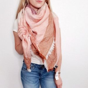 David & Young NWT Rust Pink Blanket Scarf Wrap